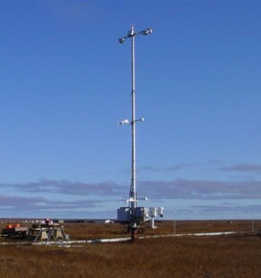 A clear day in Atqasuk shows off the newly upgraded met tower. The new sensors at both Barrow and Atqasuk can be monitored and maintained remotely.