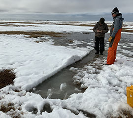 Alaskan Campaign Digs Into Snowmelt and Surface Effects on Local Energy Balance